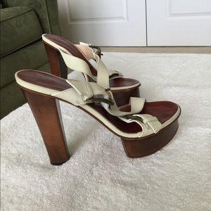 Giuseppe Zanotti Cream Platforms Sandals Size US 6